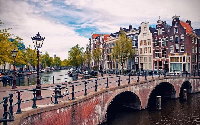 Amsterdam-xlarge