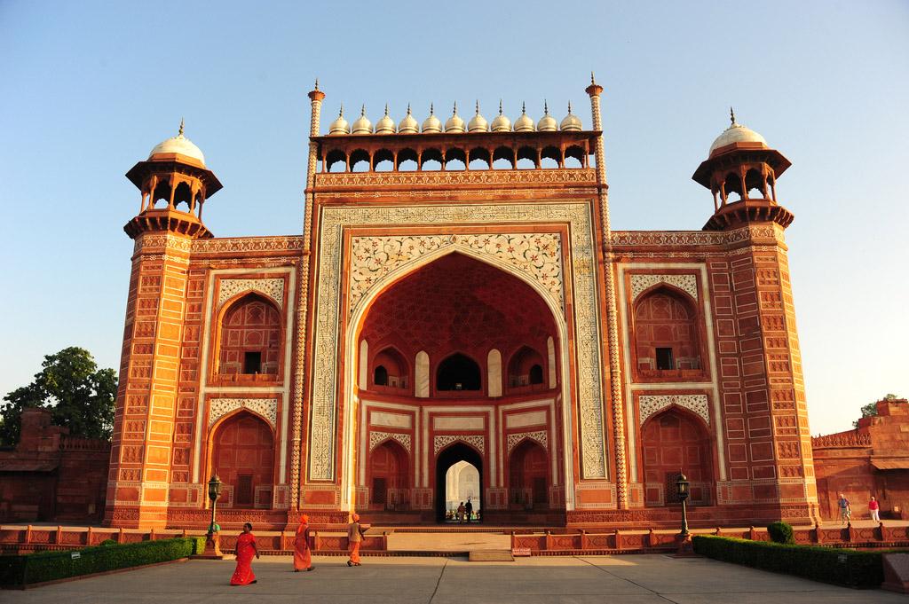 India: Gateway to Taj