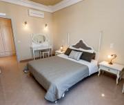 hotel santorini 3